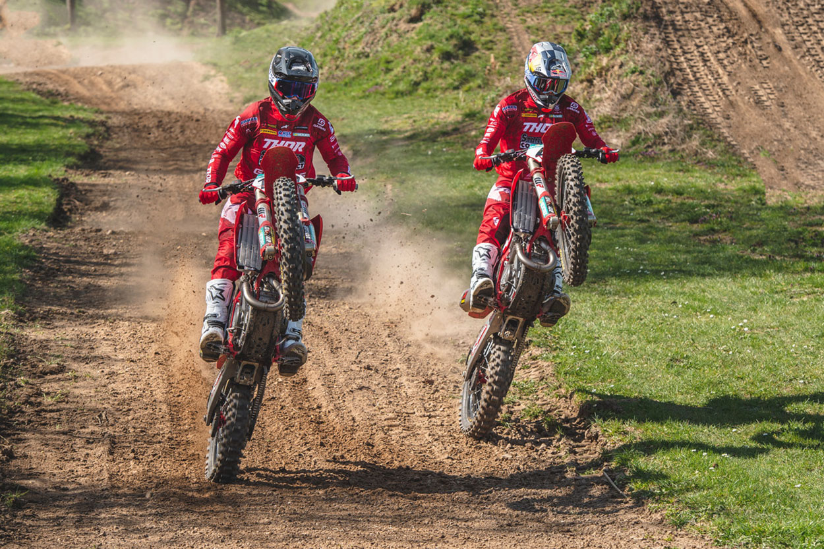 Pauls Jonass y Brian Bogers