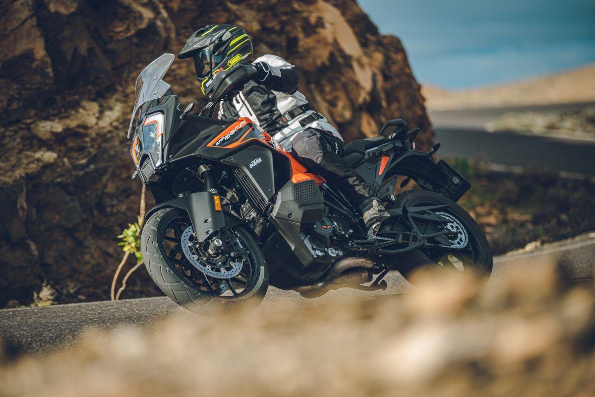 5 consejos para montar en moto que no te enseñan en la autoescuela