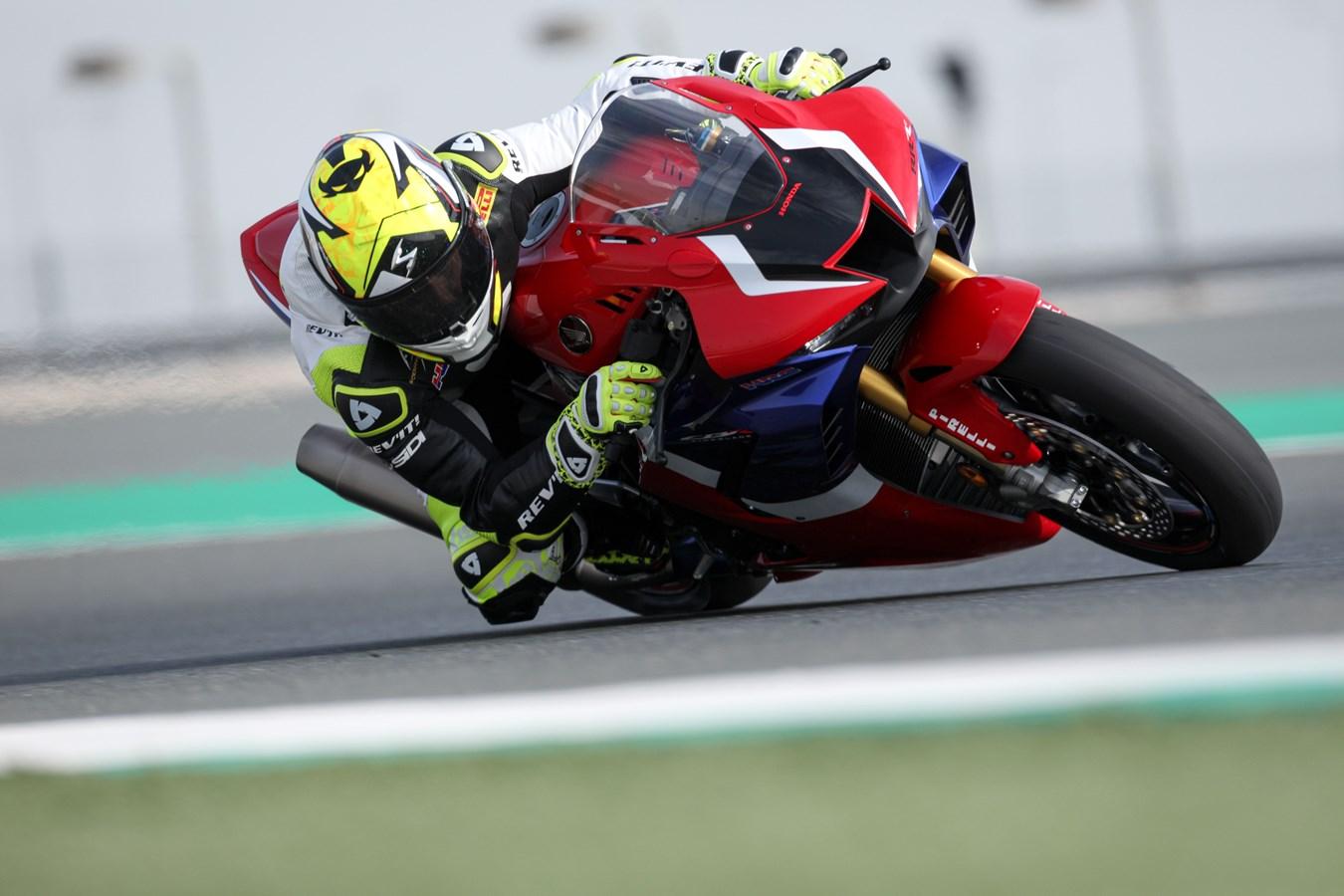 Honda CBR 1000 RR-R Alvaro Bautista
