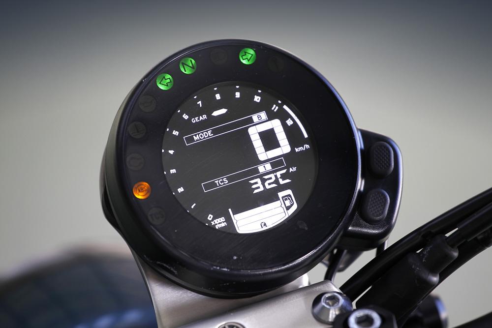 Instrumentación Yamaha XSR 900