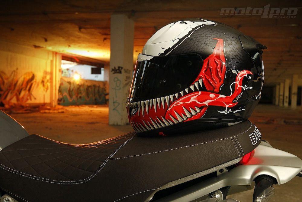 Casco HJC Venom