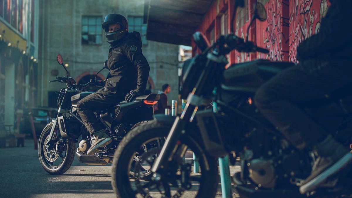 Relojes moto cafe racer