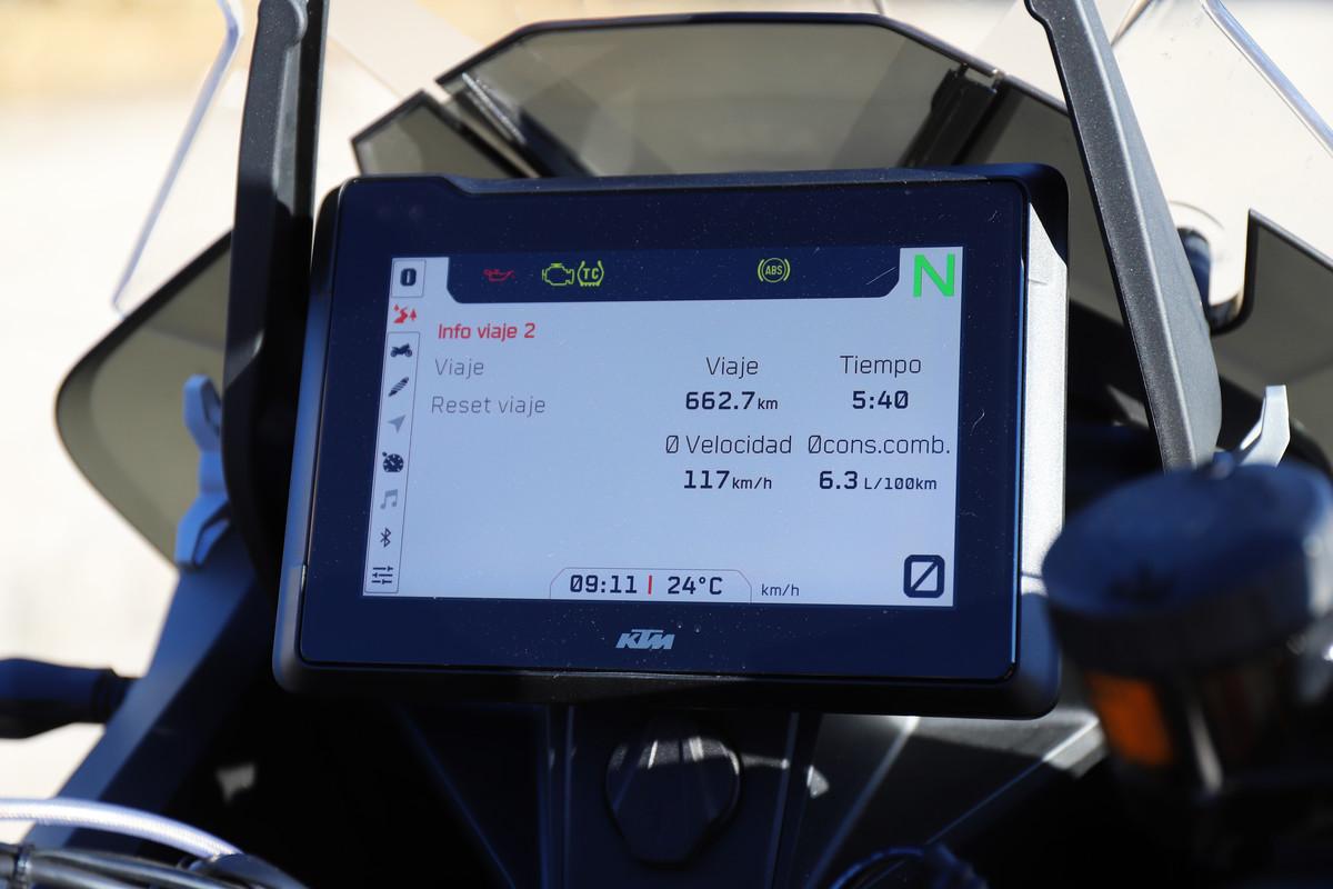 KTM 1290 S menú información del viaje