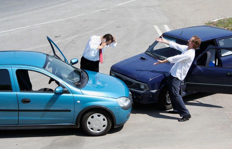 Accidente de moto: cómo ayudar y qué pasos legales seguir