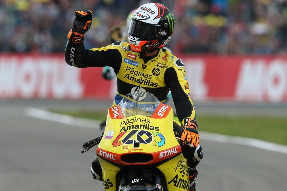 Alex Rins durante la disputa del GP de Assen de Moto2
