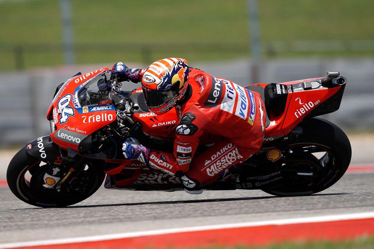 Andrea Dovizioso es líder del Mundial de MotoGP