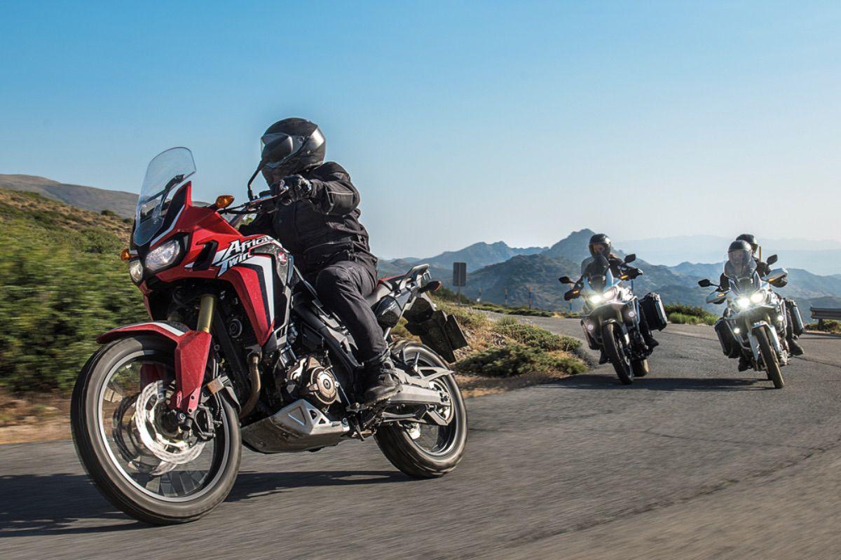 5 apps imprescindibles para viajar en moto