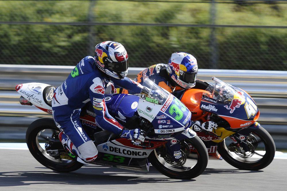 Victoria de Enea Bastianini en Moto3 en el GP de Japón
