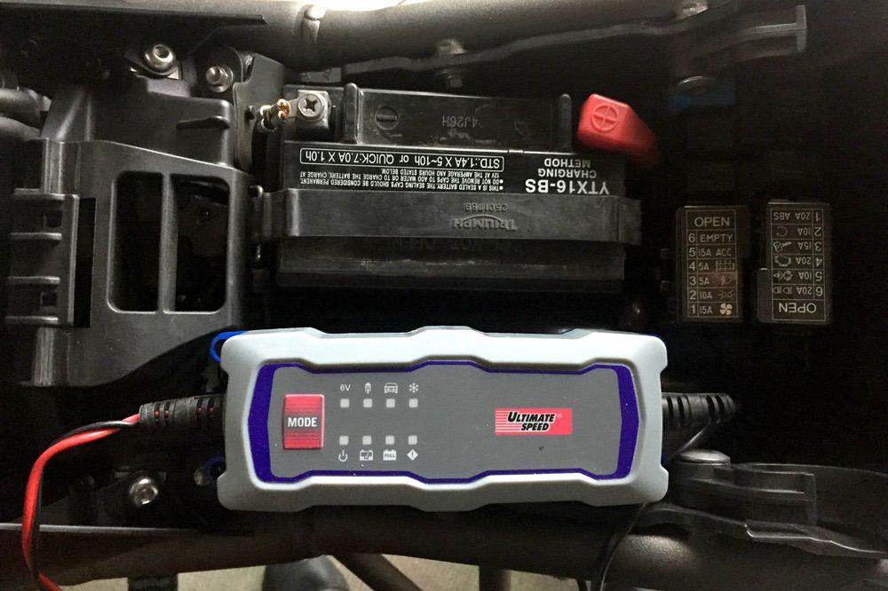 Cargador de batería para moto