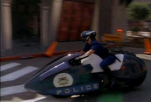Moto de policía de Regreso al Futuro 2