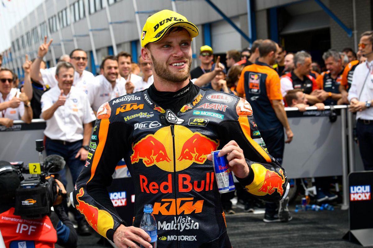 Brad Binder ha liderado la tabla de tiempos en la categoría Moto2 del GP de Alemania