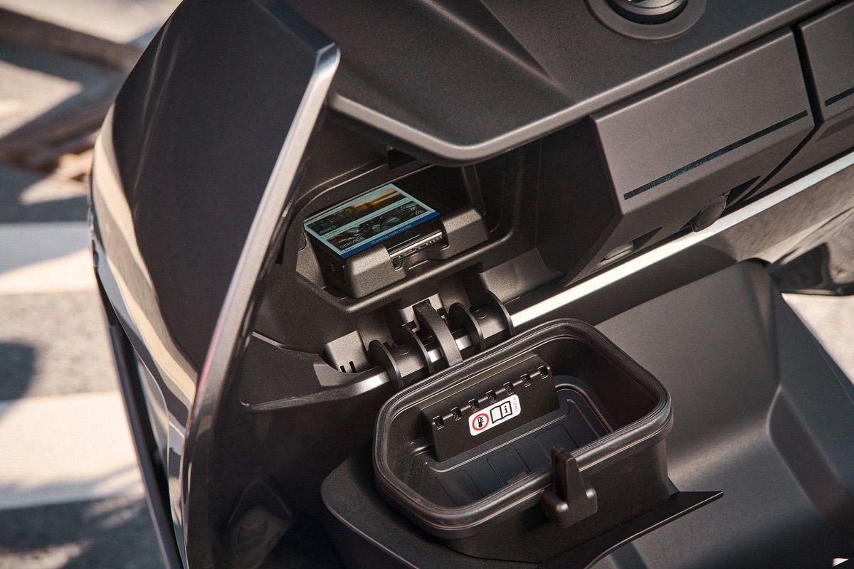 Presentado oficialmente el nuevo BMW CE 04