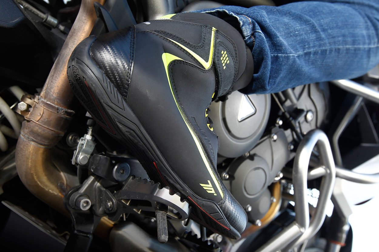Botas de moto Seventy Degrees SD BC6