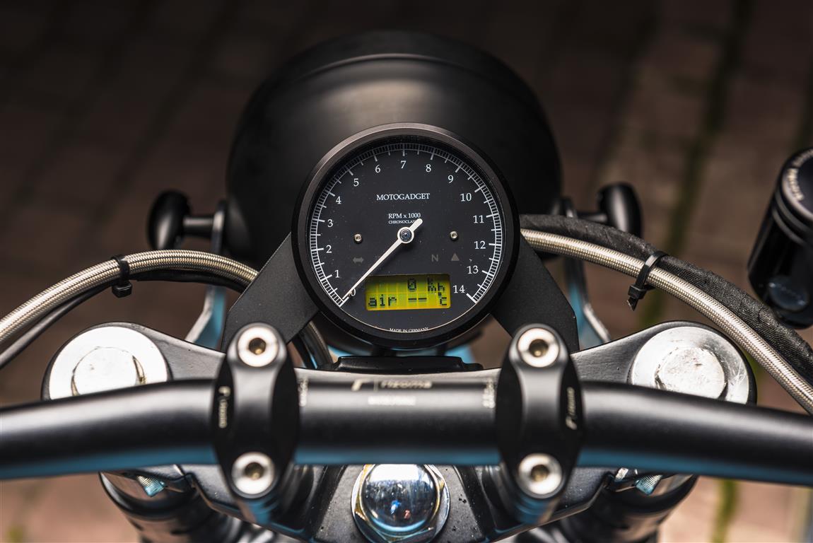 Kawasaki Zephyr 1100 Cafe Racer