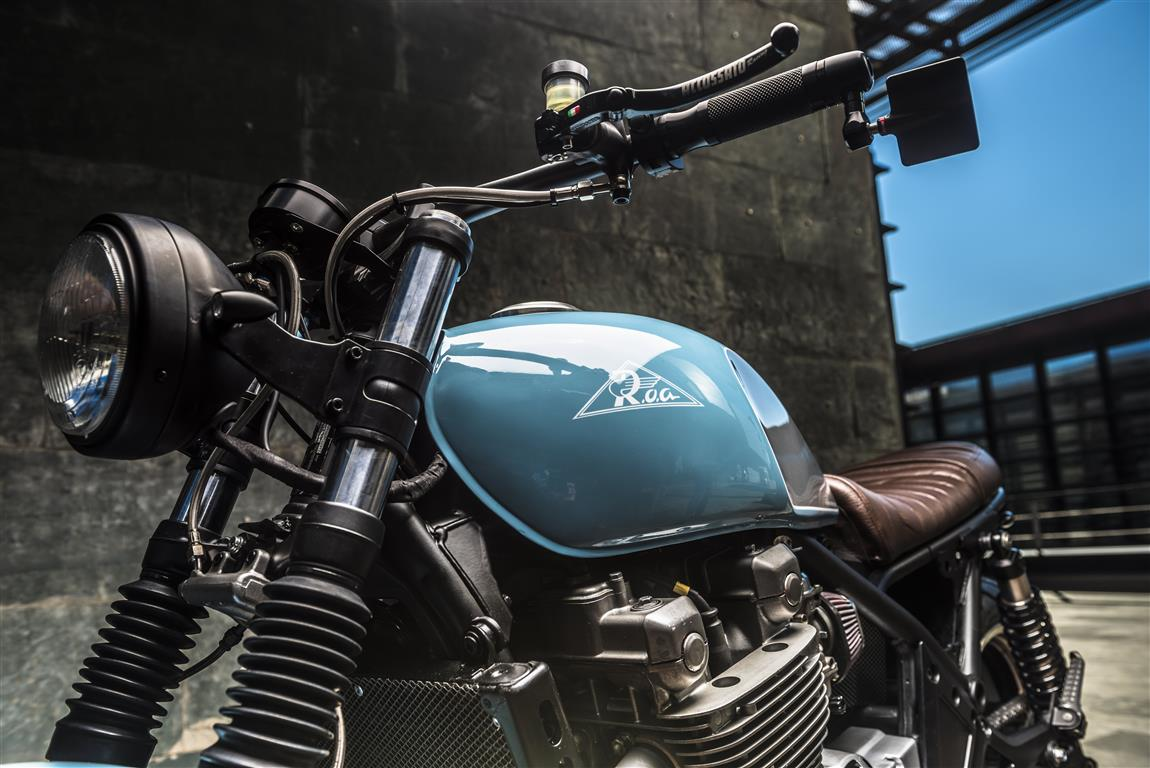 kawasaki zephyr 1100 cafe racer - best cafe racers