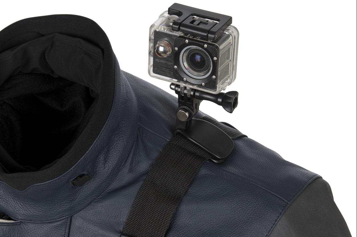 Detalle de la chaqueta T.UR J One