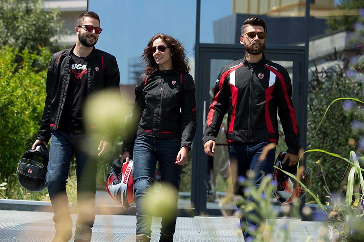 Chaquetas de moto ventiladas Ducati