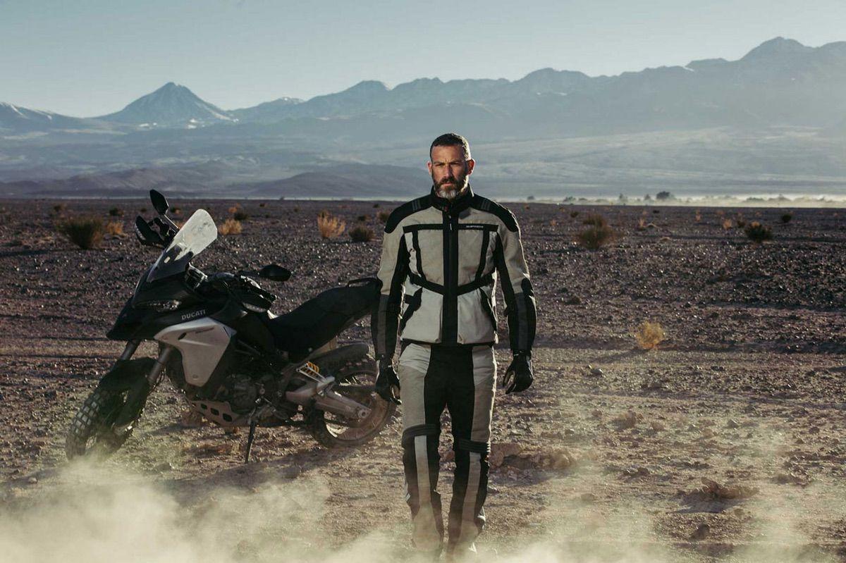 Chaqueta y pantalón de moto Spidi Netrunner