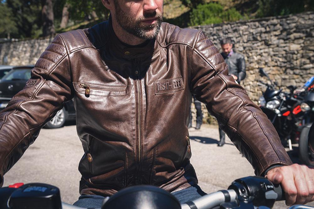 Chaqueta moto piel