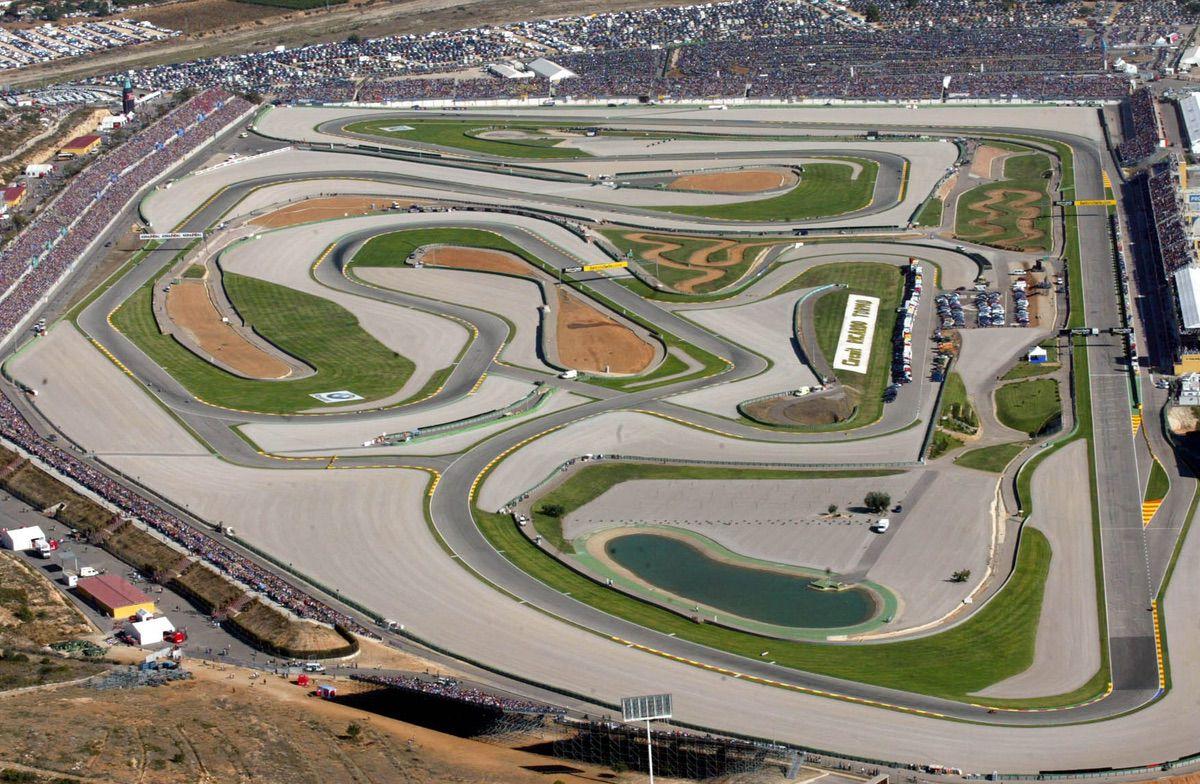Circuito Cheste : El circuito de cheste instaura un nivel máximo de ruidos moto pro