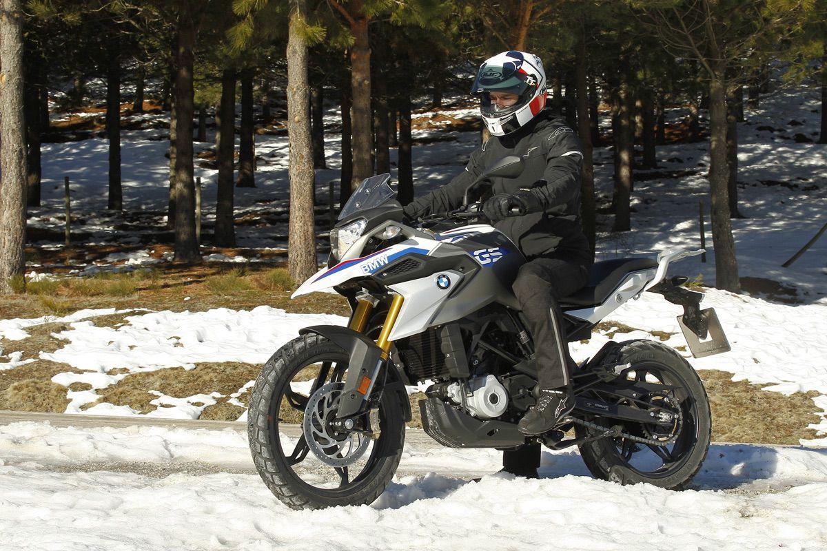 consejos conducir nieve moto