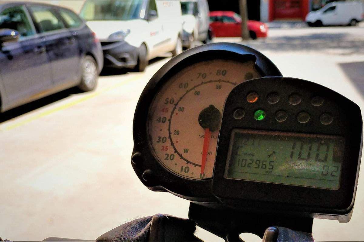 Así está la batería de una moto eléctrica Silence tras 100.000 kilómetros