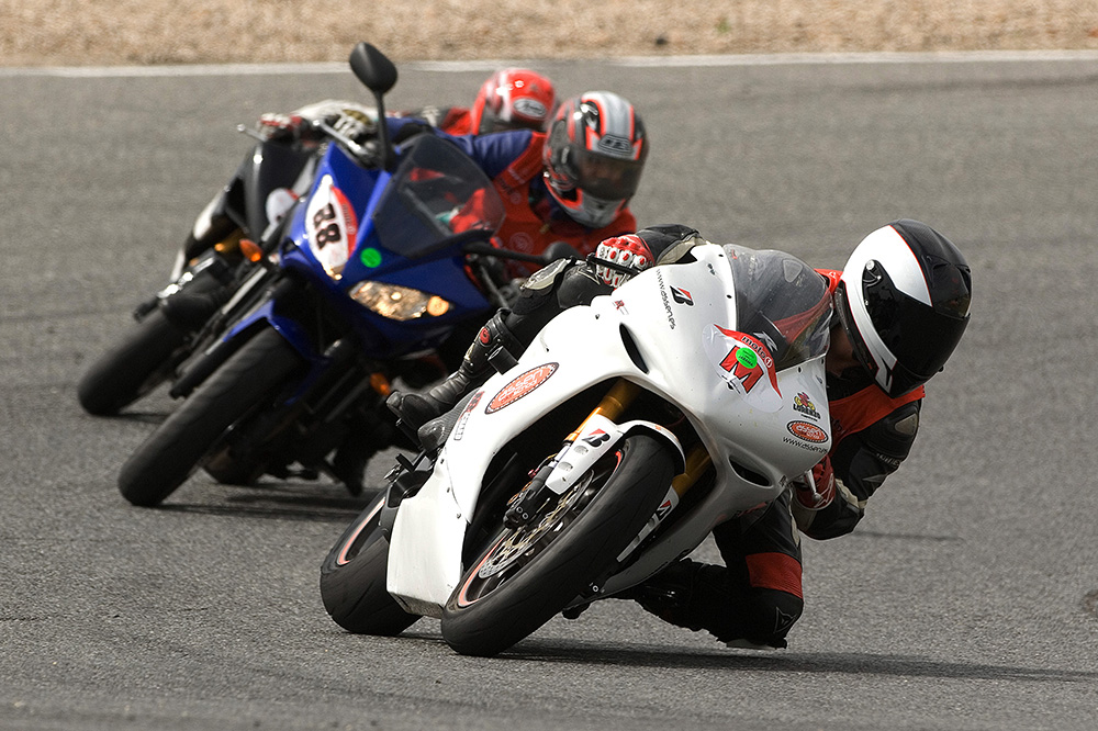 Curso moto circuito