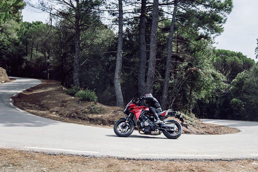 Curvas en moto