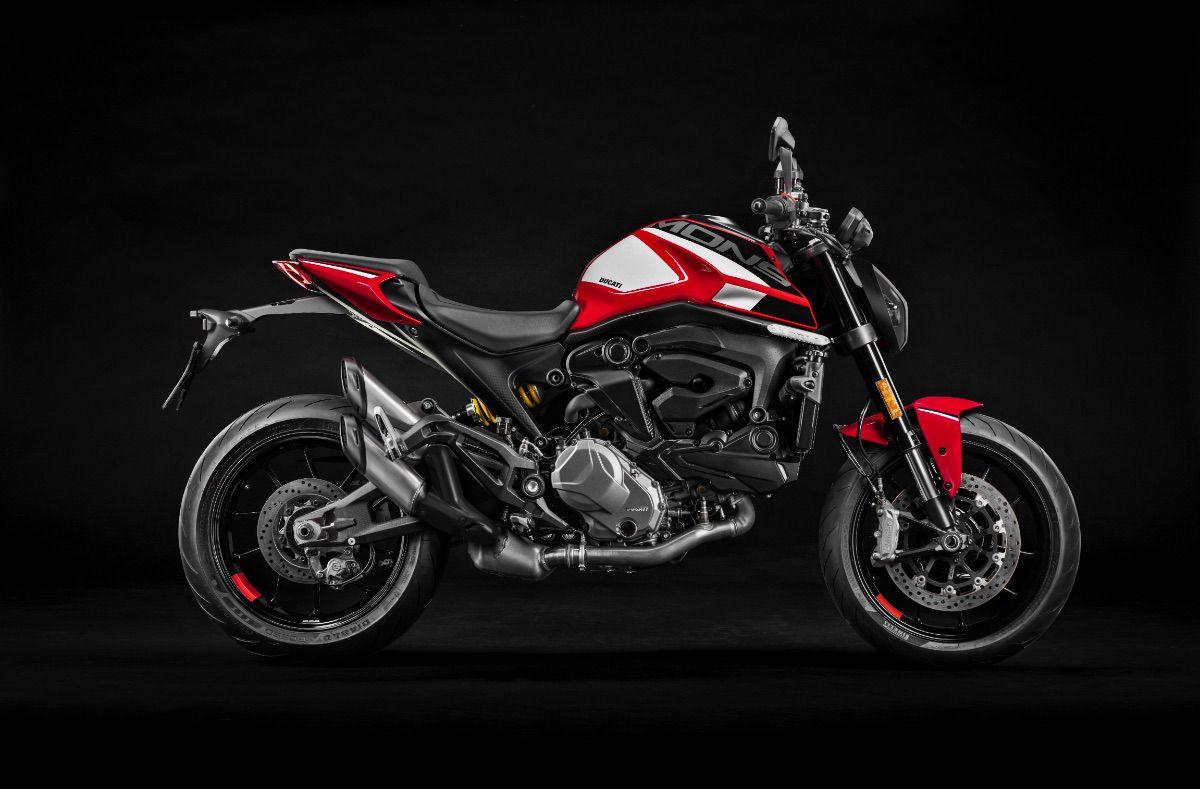 Ducati lanza una nueva gama de accesorios para personalizar tu Monster