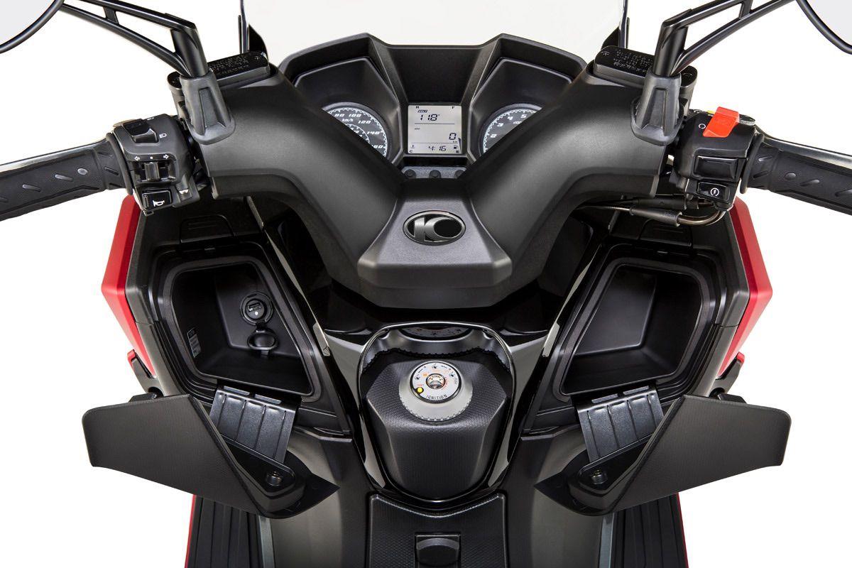 Kymco lanza el Super Dink 350 en versión Euro 5