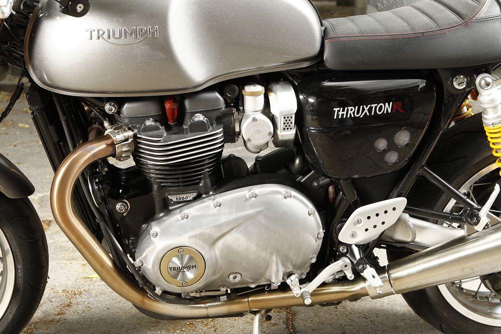 Detalle Triumph 2