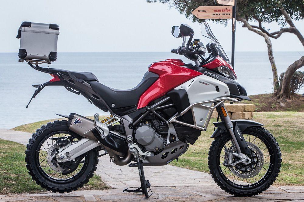Ducati Multistrada 1200 Enduro  con Topcase