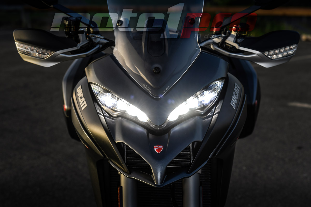 ducati_multistrada_1260s_-_2018_-_faro_led_optica_frontal