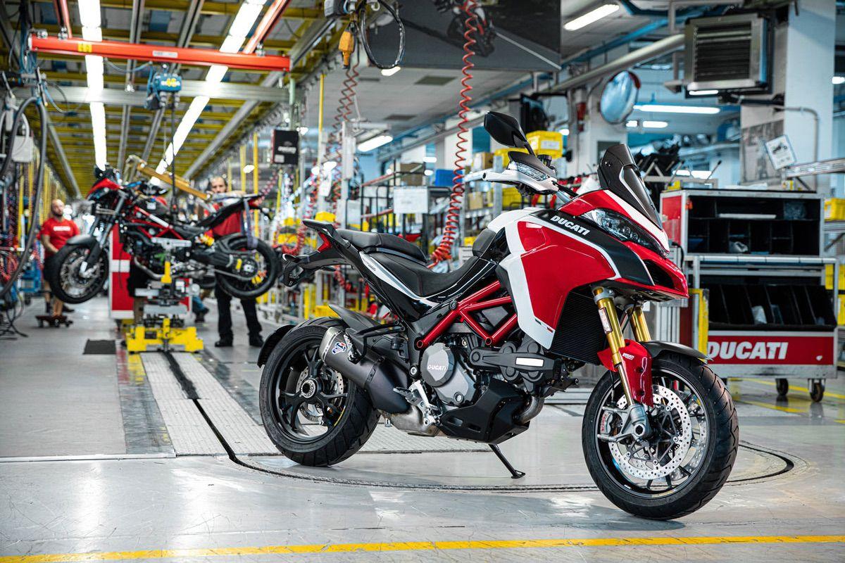 Esta Ducati Multistrada ha sido la número 100.000 de su producción