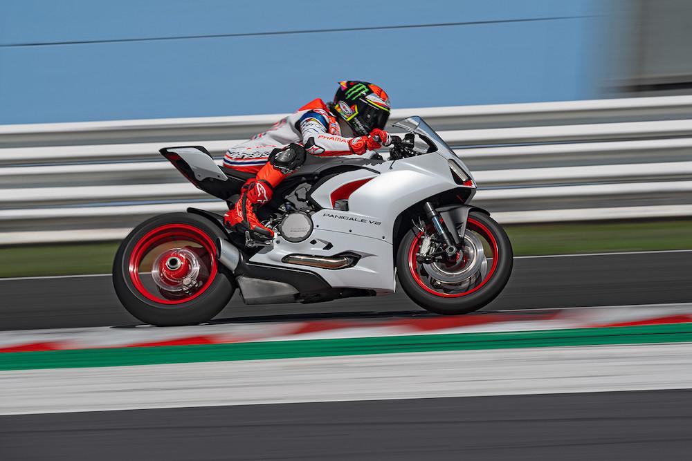 """Ducati Panigale V2 """"White Rosso"""""""