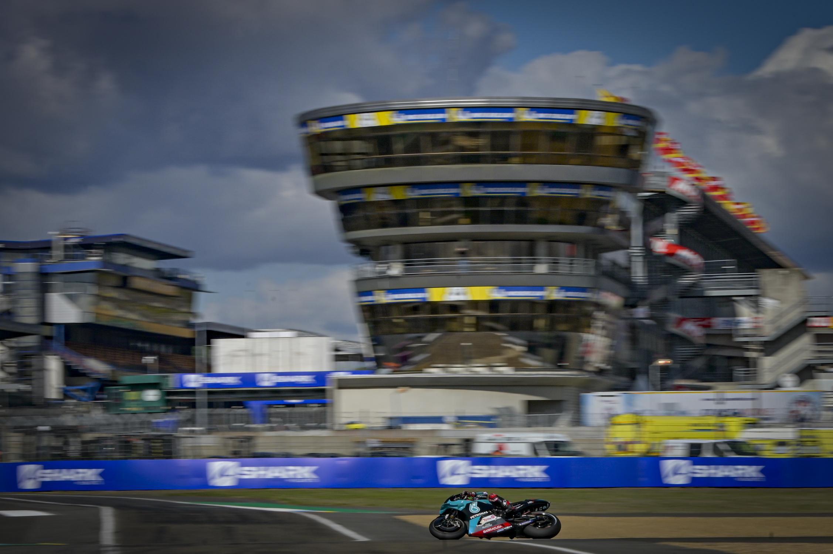 Petrucci gana un otoñal GP de Francia