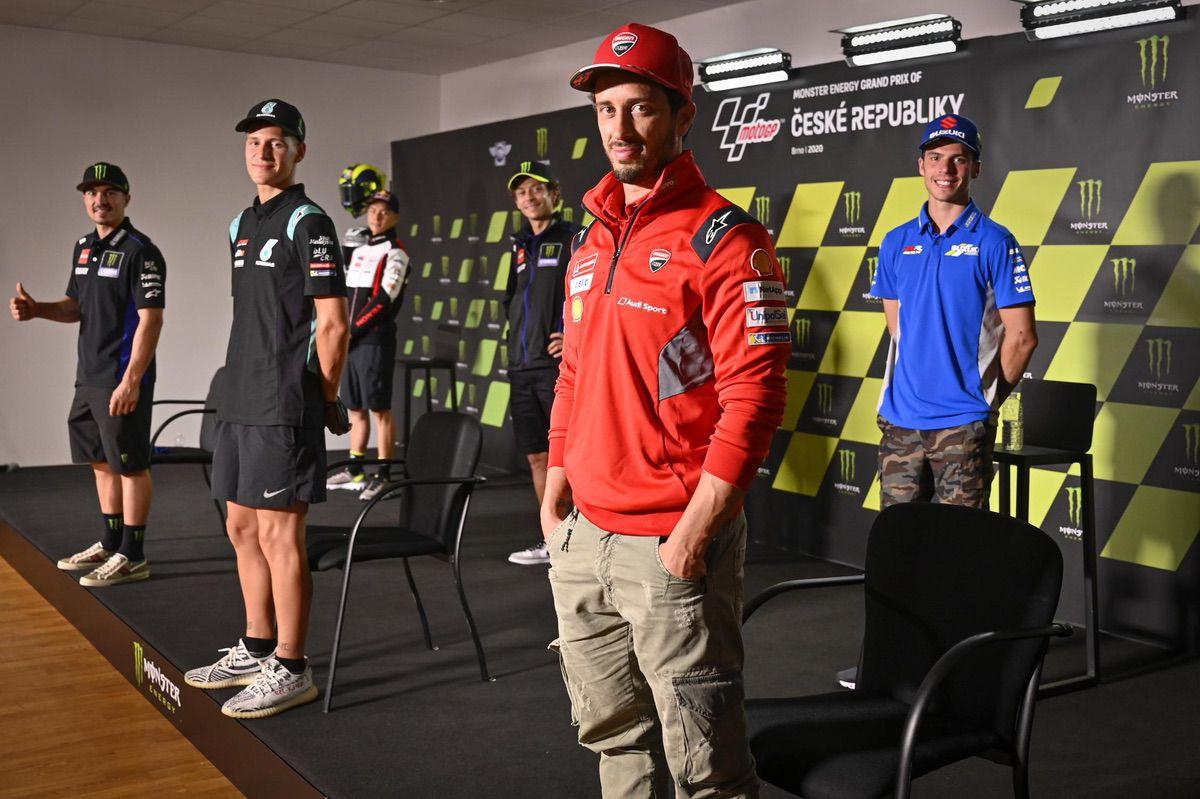 Rueda de prensa en Brno