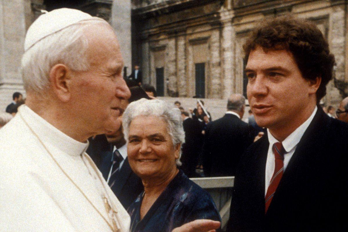 Emilio Scotto con su Santidad el Papa Juan Pablo II