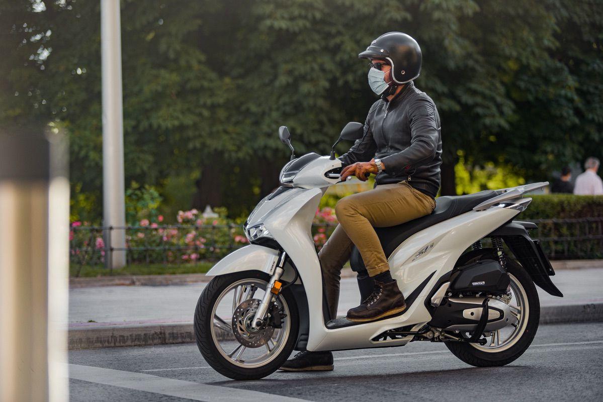 Encuesta: En moto ¿solo o acompañado?