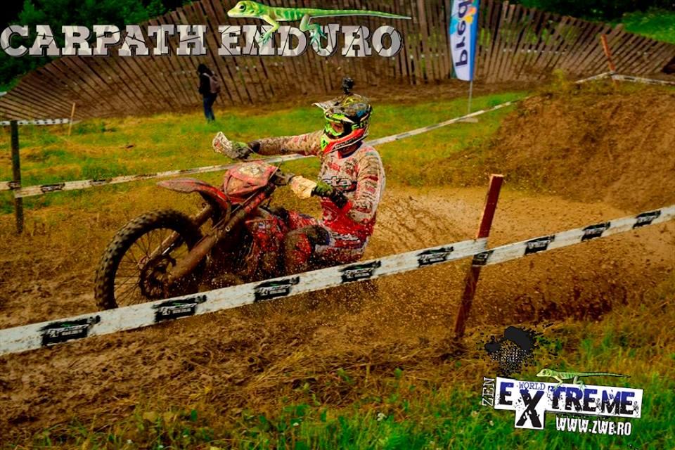 Pol Tarrés en acción en el Carpath Enduro 2017