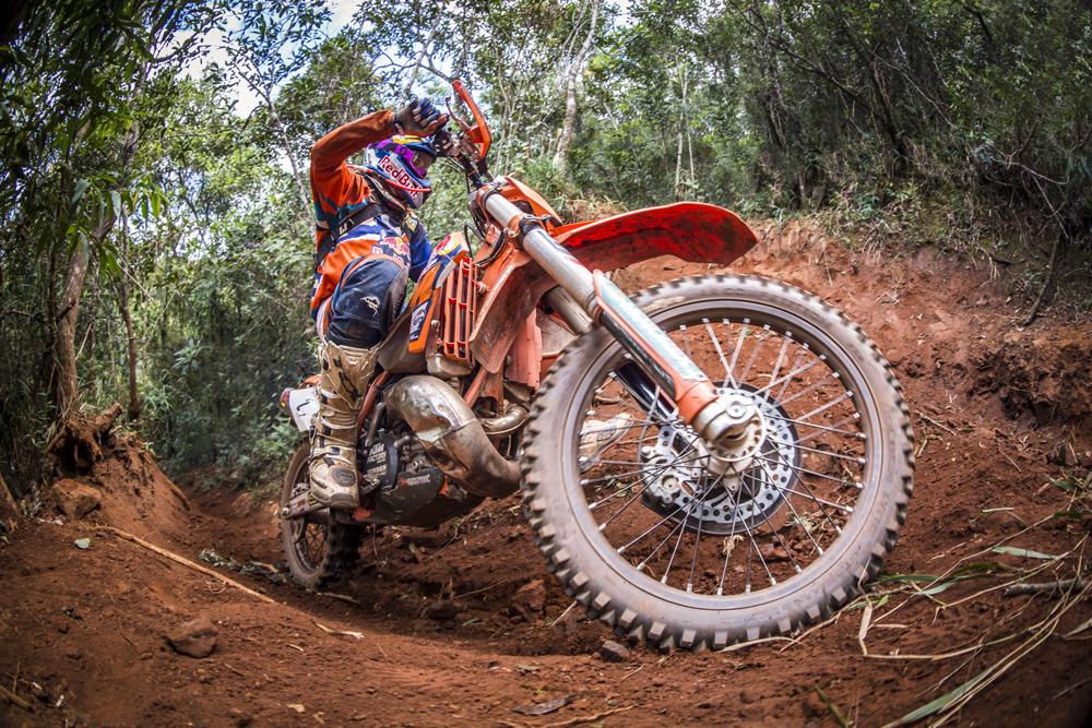 Alfredo Gómez en el Red Bull Hard Enduro de Brasil Minas Riders