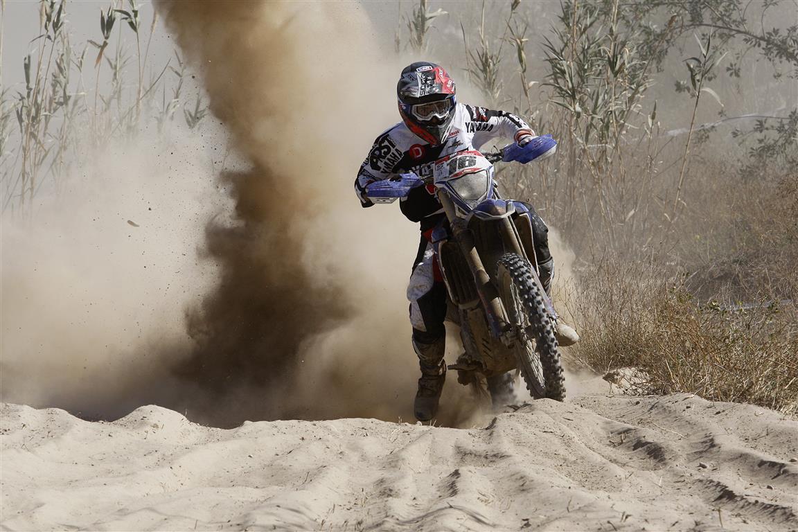 Cris Guerrero da la primera victoria de la temporada a Yamaha
