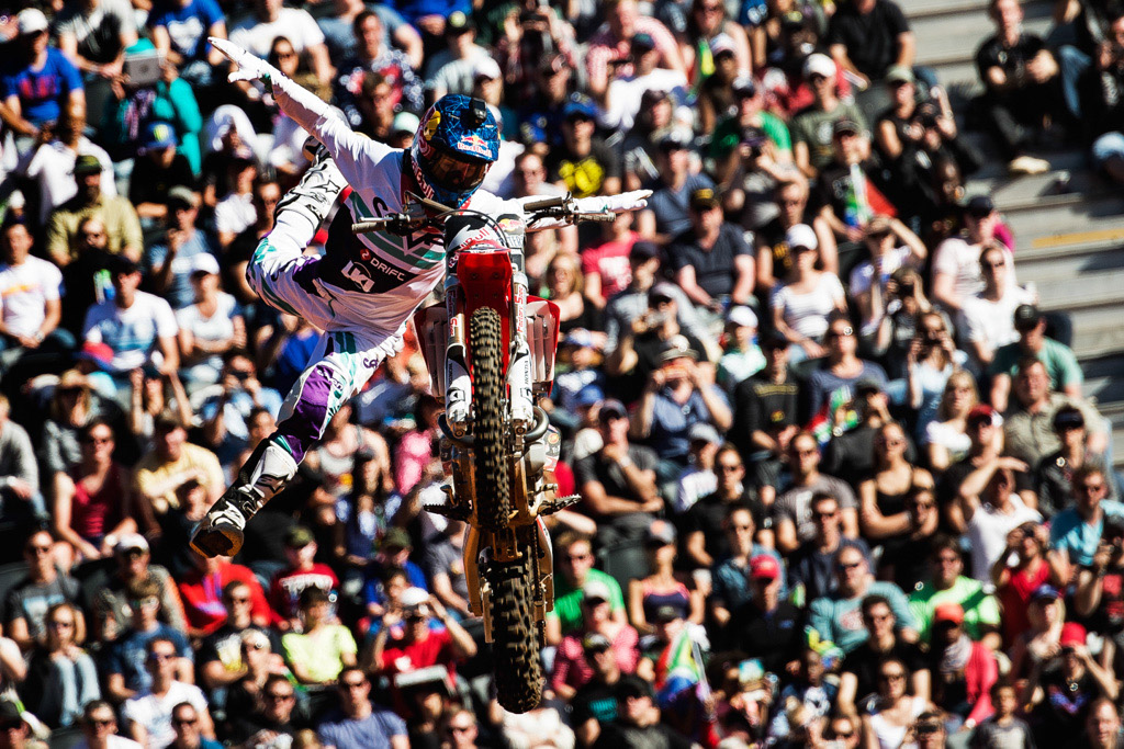 Josh Sheehan, campeón del mundo del Red Bull X-Fighters 2014