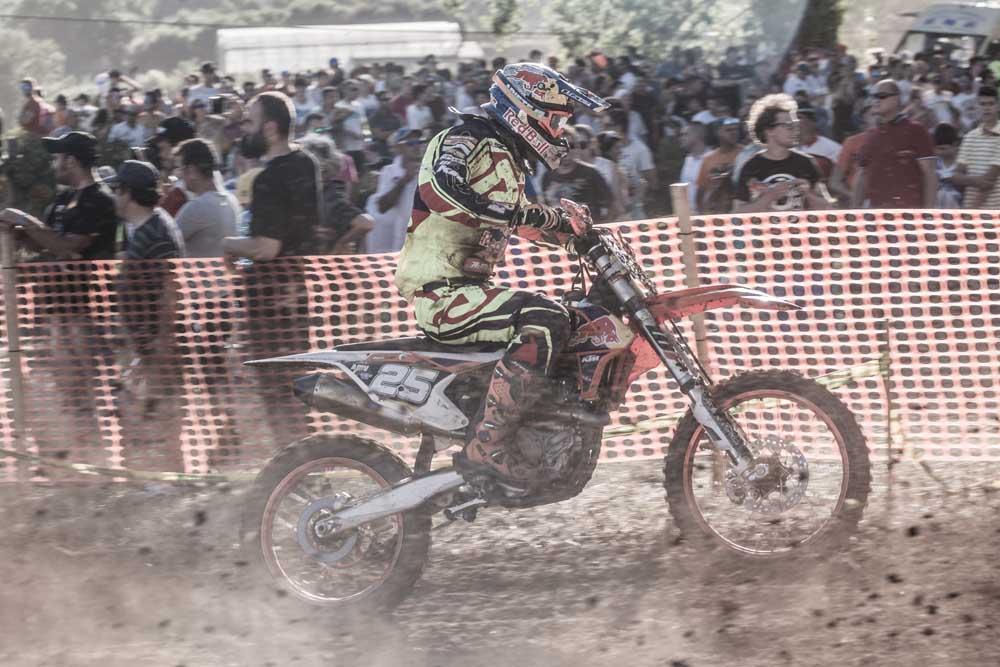 Victoria de Iván Cervantes en el Motocross de Sariego