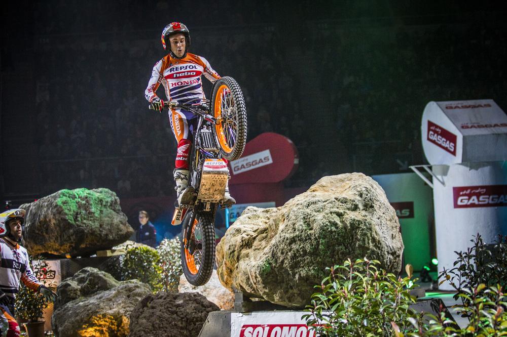 Toni Bou venció el Trial Indoor de Barcelona