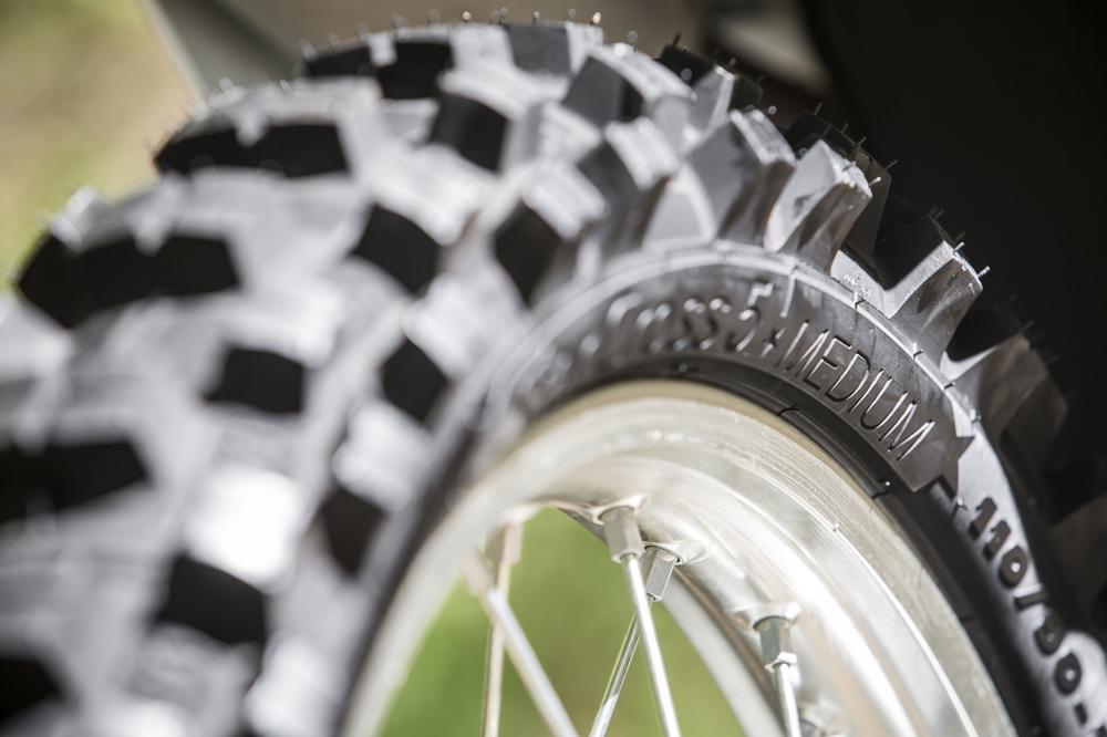 Como elegir unos neumáticos para moto de campo