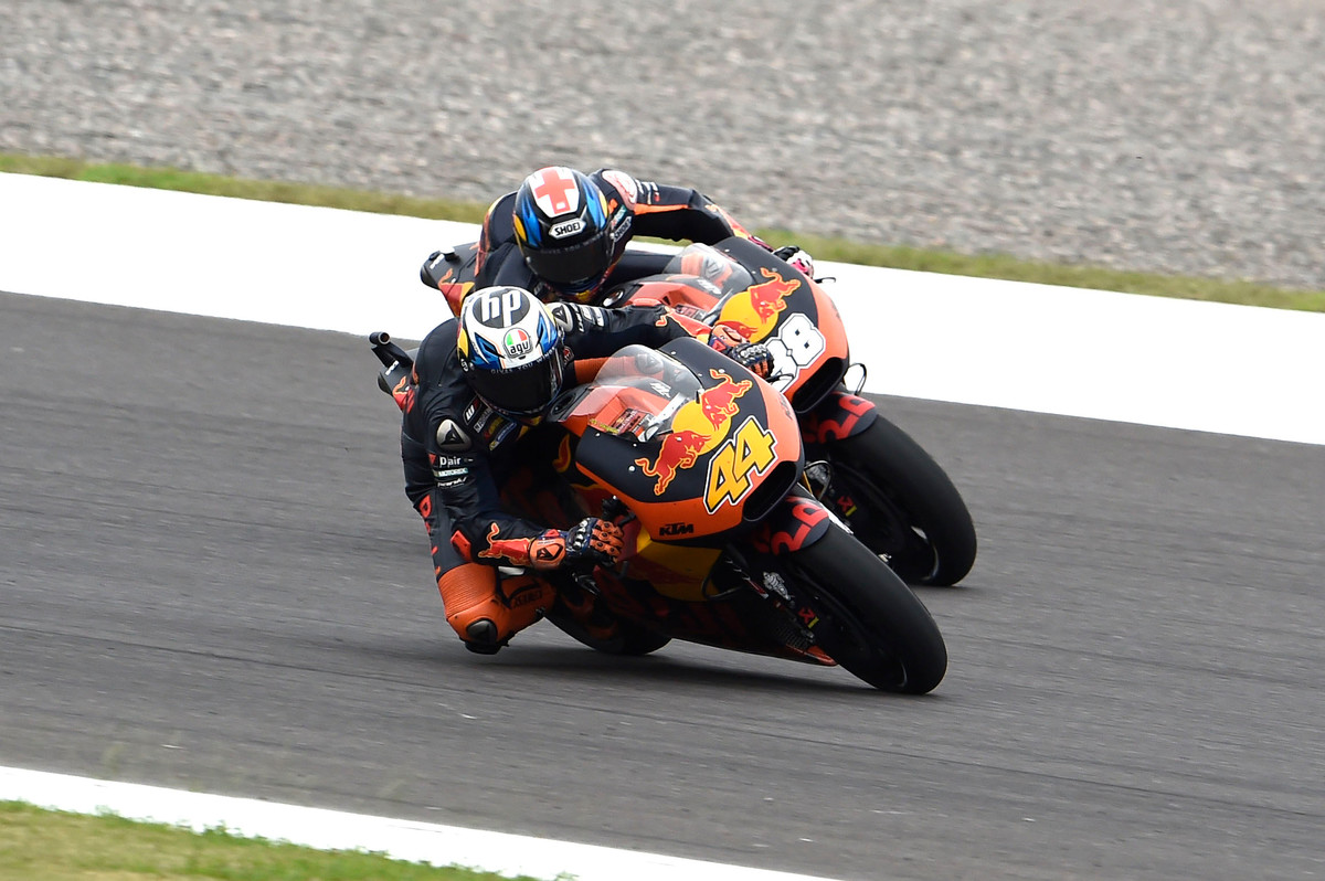 Pol Espargaro y Bradley Smith