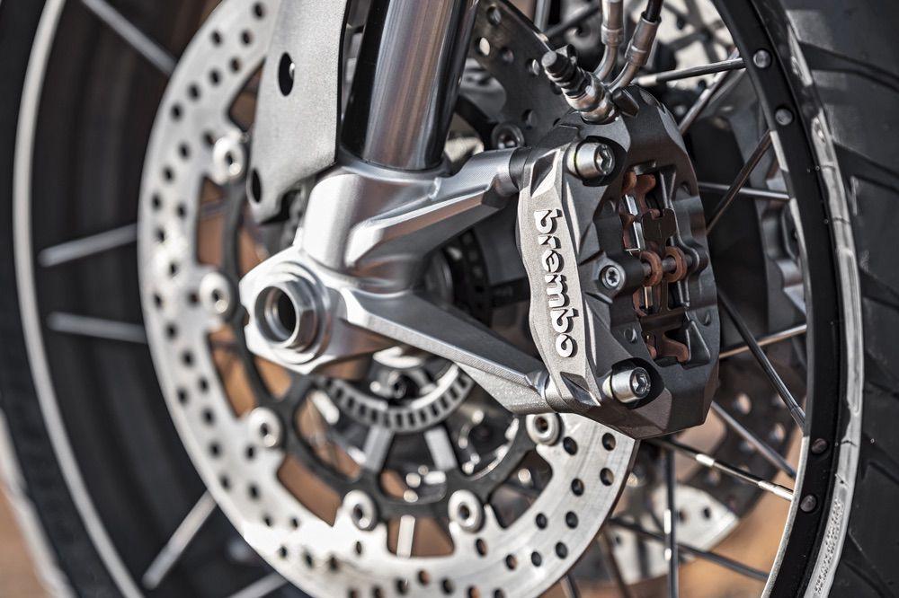 Mantenimiento de los frenos de la moto