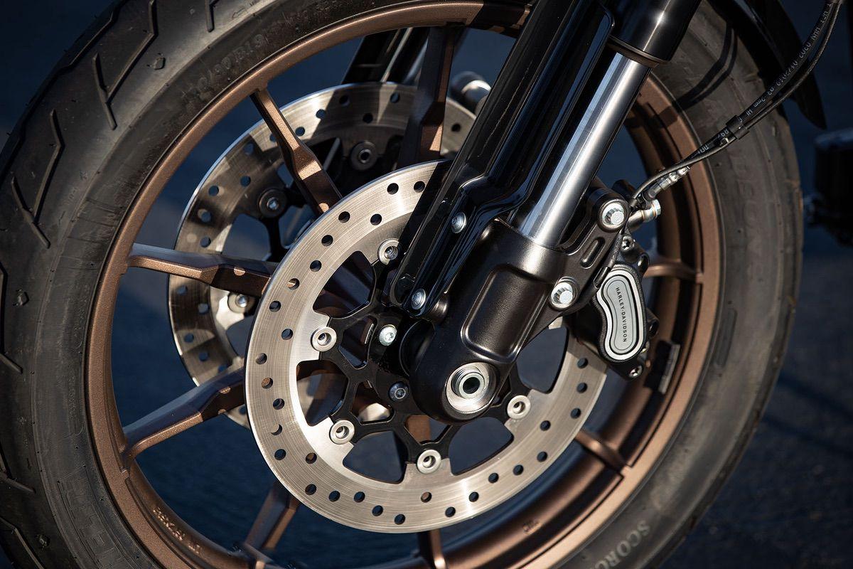 Frenos de la Harley Davidson Low Rider S