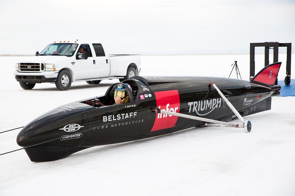 Guy Martin con la Triumph Streamliner